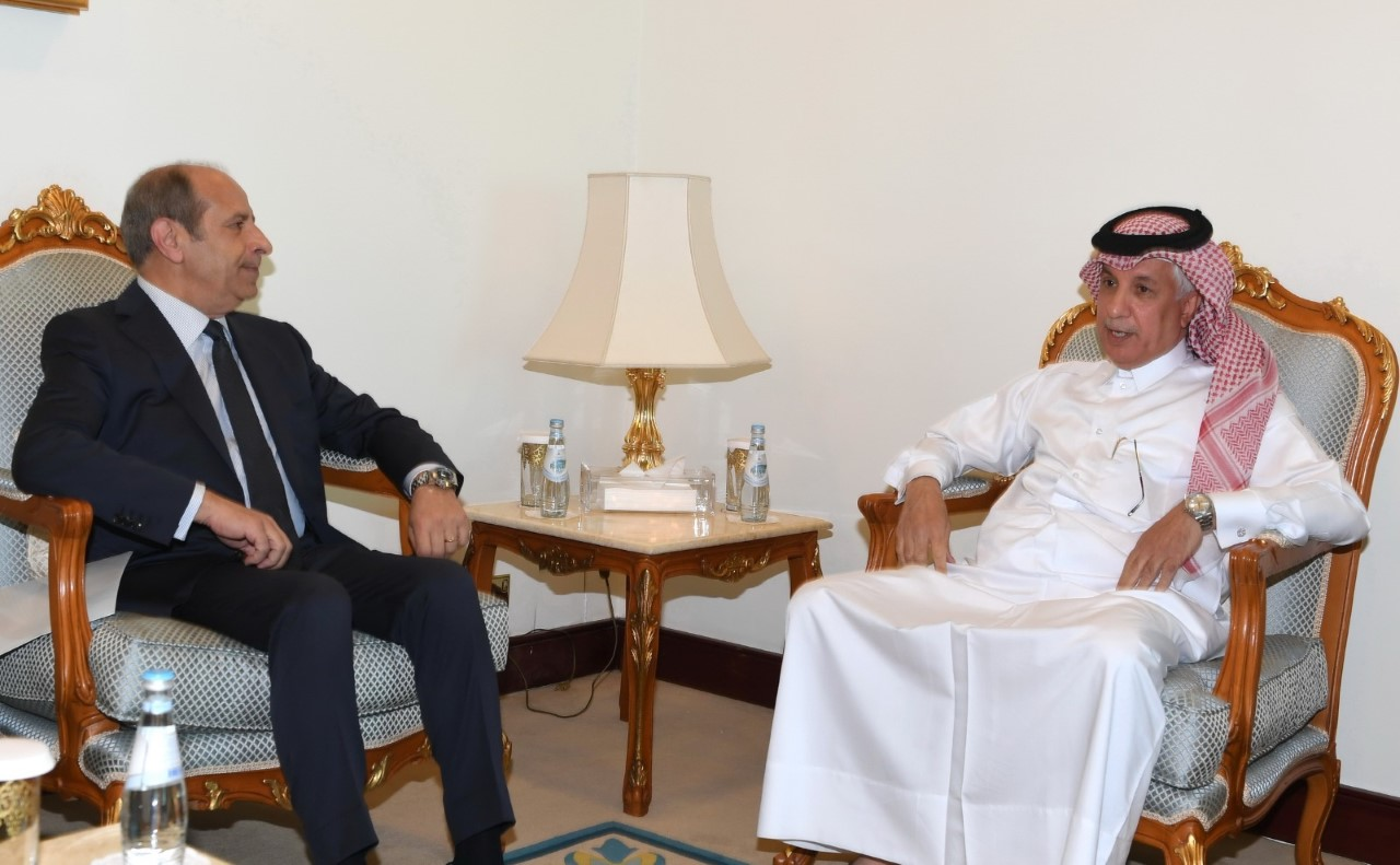Minister of State for Foreign Affairs Meets Ambassador of Jordan
