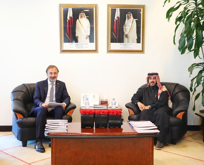 مدير المعهد الدبلوماسي بوزارة الخارجية يجتمع مع سفير صربيا