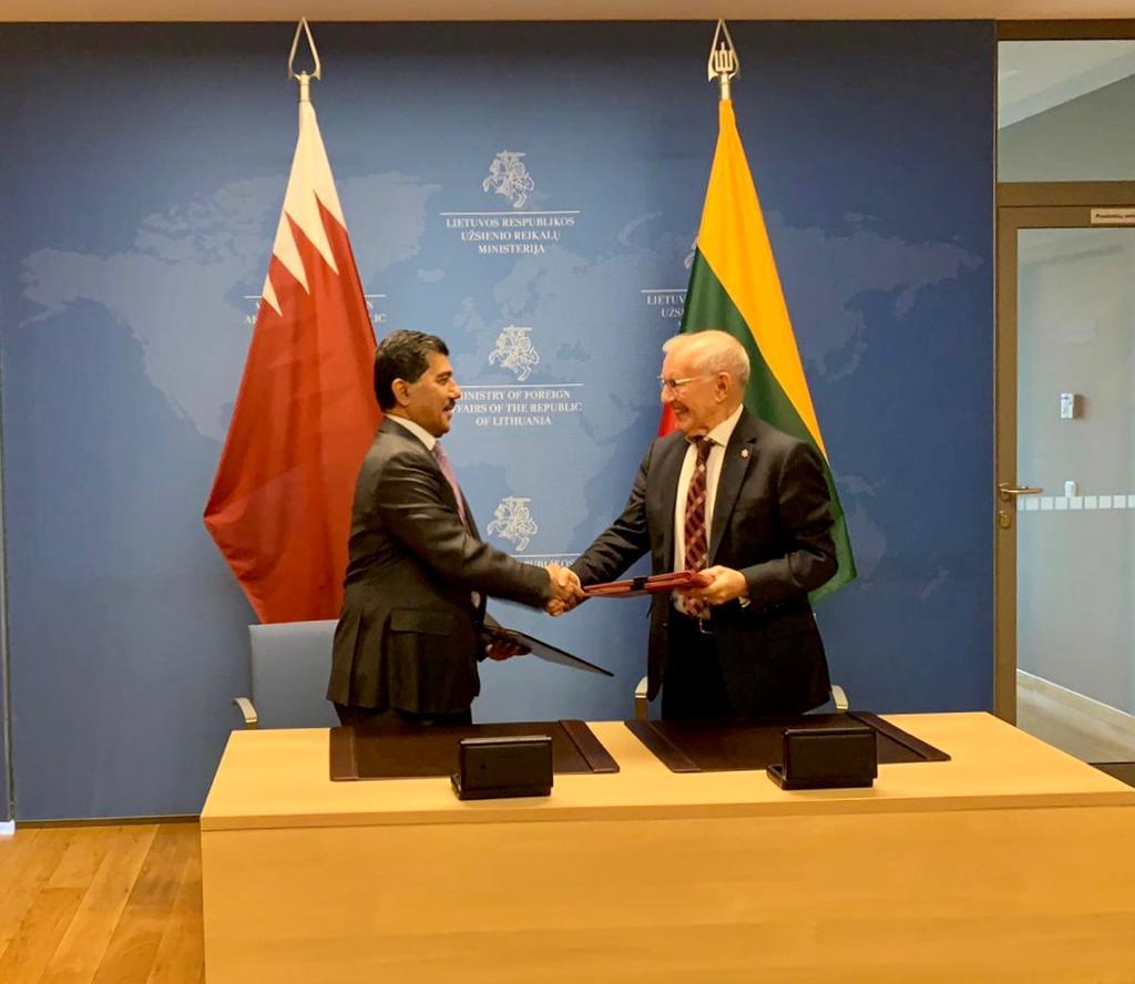 دولة قطر وليتوانيا توقعان مذكرة تفاهم بشأن إجراء مشاورات سياسية