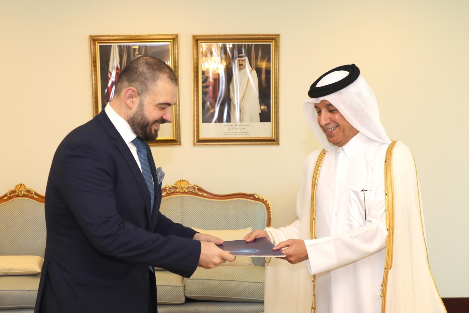 Minister of State for Foreign Affairs Receives Copy of Credentials of Head of EU Delegation