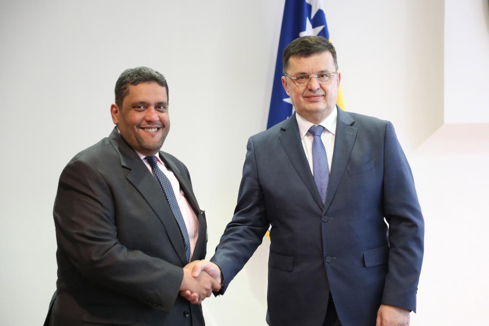 Prime Minister of Bosnia and Herzegovina Meets Qatar's Ambassador