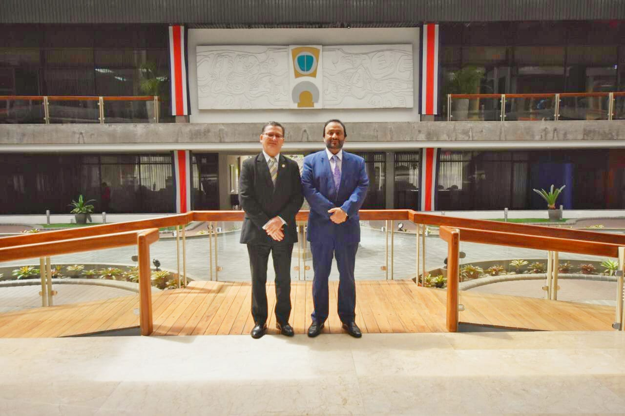 Second Vice President of Costa Rica Meets Ambassador of Qatar