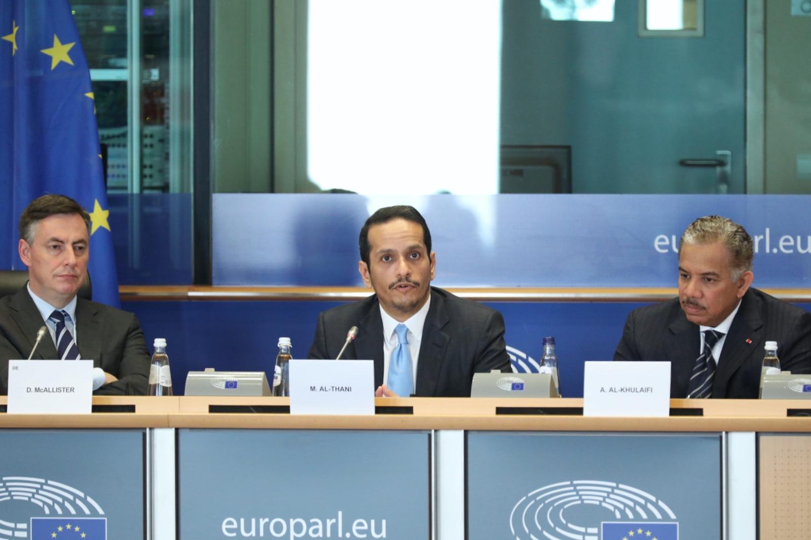 نائب رئيس مجلس الوزراء وزير الخارجية يجدد دعوة قطر إلى إبرام اتفاقية أمنية ملزمة لدول الشرق الأوسط