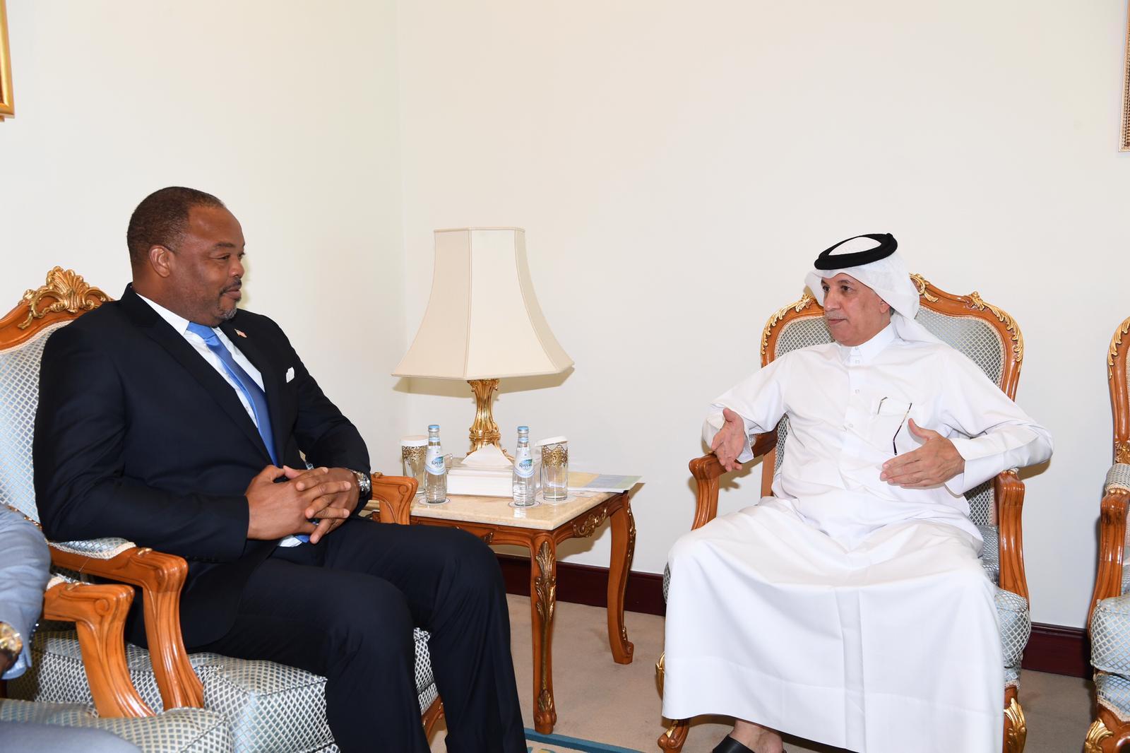 وزير الدولة للشؤون الخارجية يجتمع مع نائب وزير الخارجية الليبيري