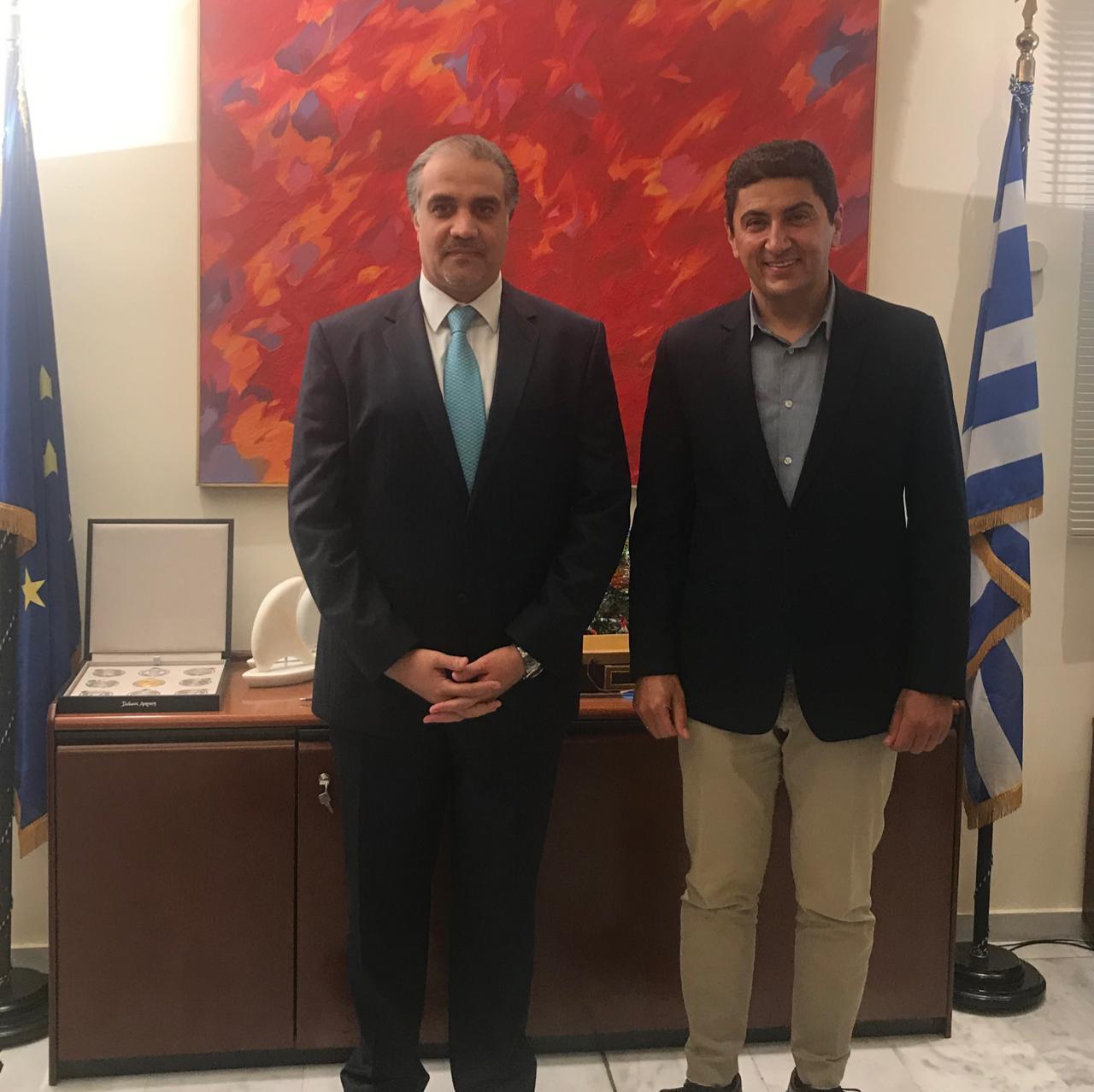 نائب وزير الثقافة والرياضة اليوناني يجتمع مع سفير دولة قطر