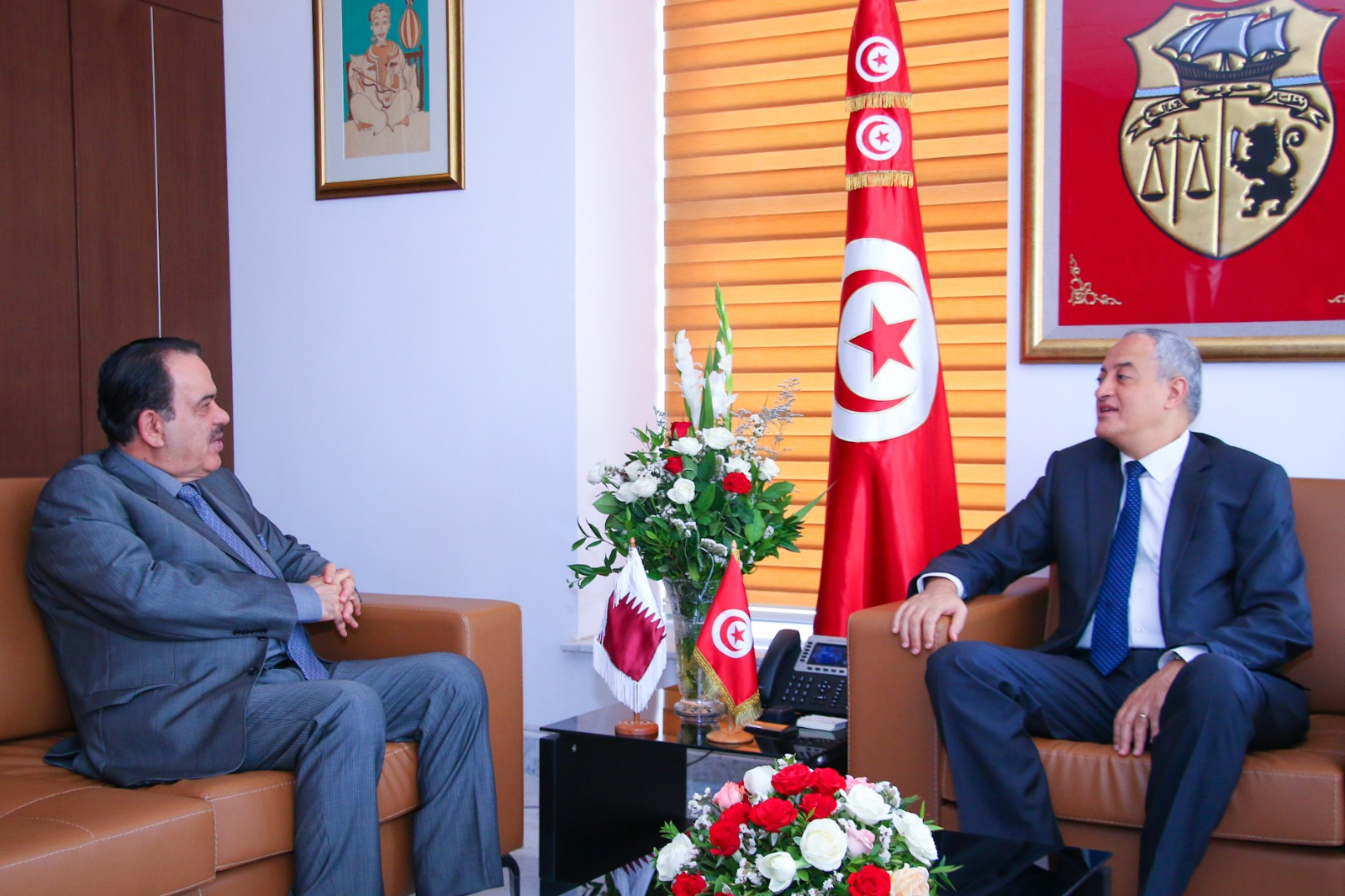 وزير تكنولوجيات الاتصال والانتقال الرقمي التونسي يجتمع مع سفير دولة قطر