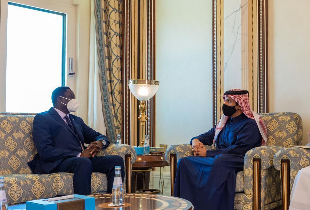 سمو الأمير يتلقى رسالة خطية من رئيس جمهورية غامبيا