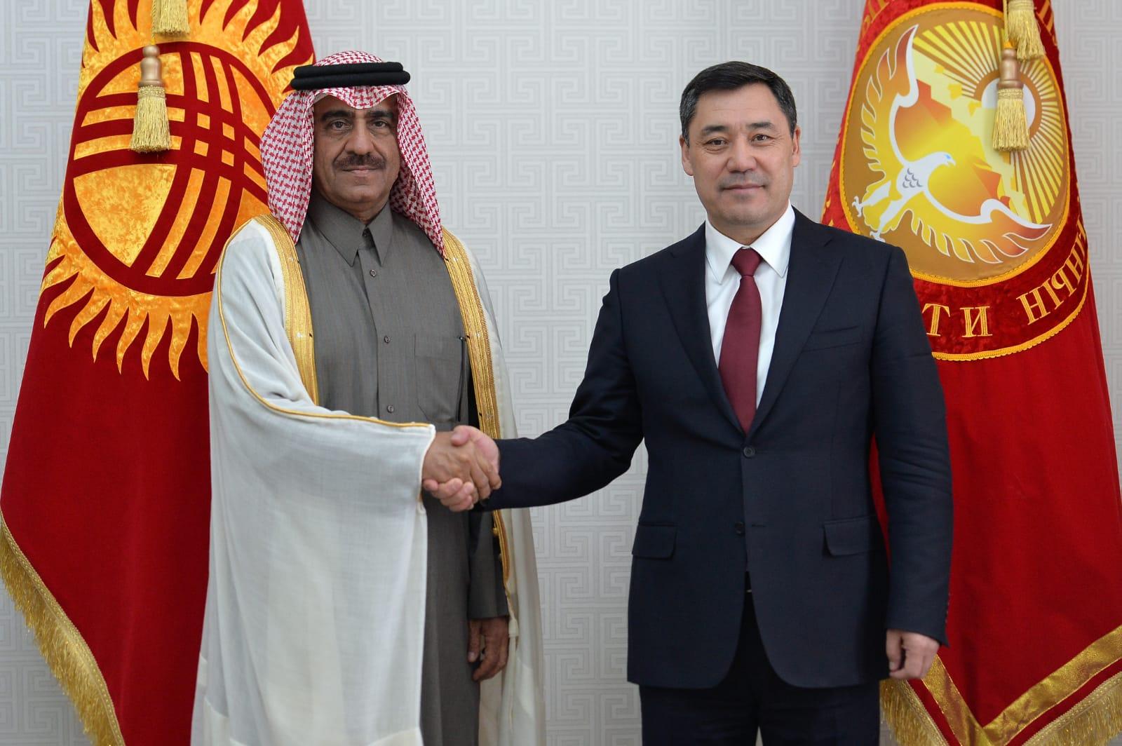 رئيس قيرغيزيا يستقبل سفير دولة قطر