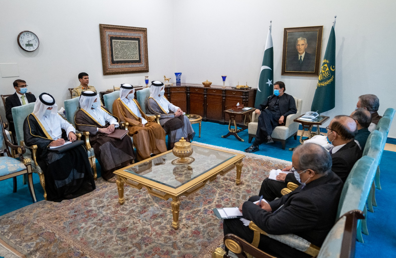 Pakistani Prime Minister Meets Deputy Prime Minister and Minister of Foreign Affairs