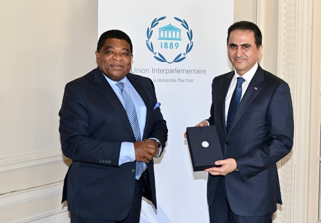 الأمين العام للاتحاد البرلماني الدولي يجتمع مع المندوب الدائم لدولة قطر في جنيف