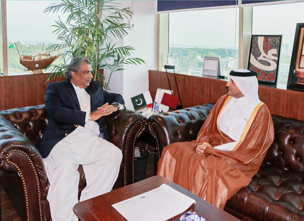 وزير شؤون الملاحة البحرية في باكستان يجتمع مع سفير قطر