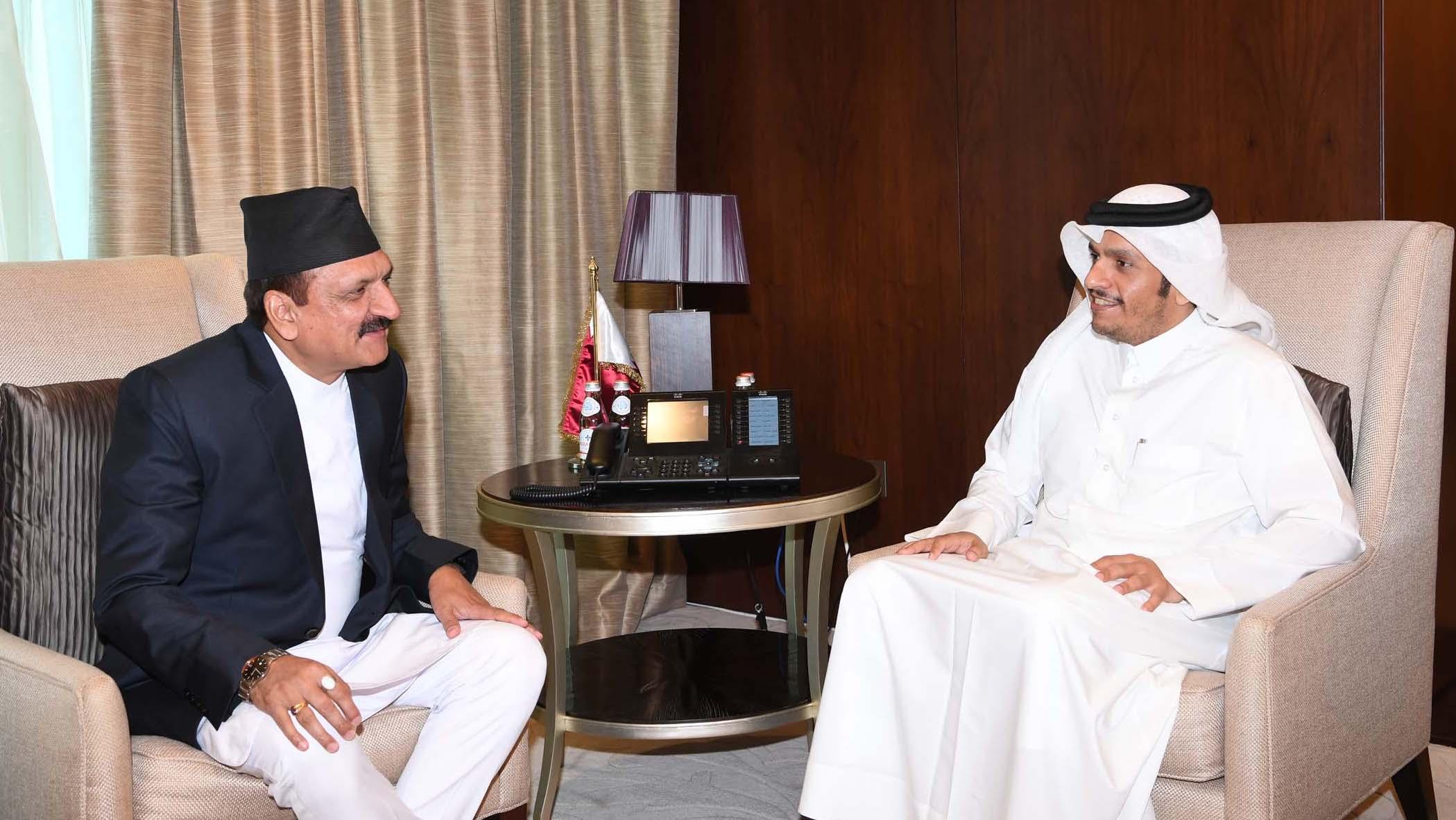 سعادة وزير الخارجية يجتمع مع نظيره النيبالي
