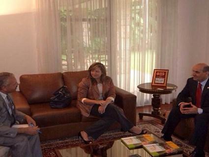 وزيرة البيئة بجمهورية الباراغواي تستقبل سفيرنا