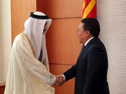 رئيس جمهورية منغوليا يتسلم أوراق اعتماد سفير قطر