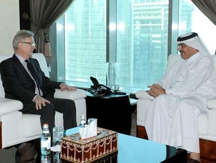 مساعد وزير الخارجية للشؤون الخارجية يجتمع مع رئيس رابطة الصداقة القطرية الألمانية